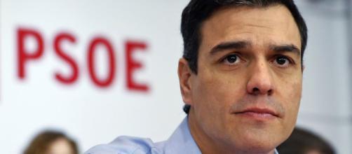 Pedro Sánchez justifica su viaje al FIB en avión oficial por motivos de seguridad