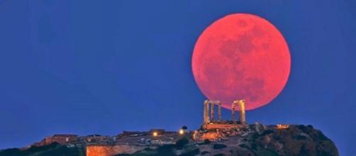 El eclipse lunar más largo del siglo XXI podrá verse hoy en España