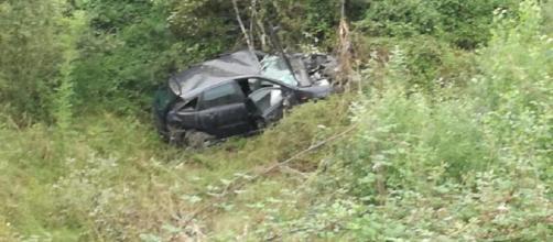 Un hombre fue encontrado muerto dentro de su coche en una cuneta en Asturias