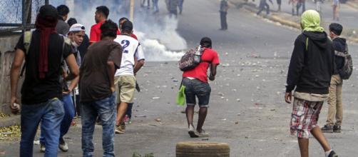 Un joven español se mantuvo tres días en el epicentro de las barricadas de Nicaragua