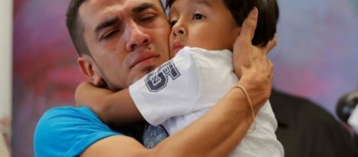 1000 familias de migrantes reunificadas en EUA tienen orden de deportación
