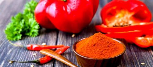 Estratto di paprika riduce grasso viscerale e sottocutaneo.