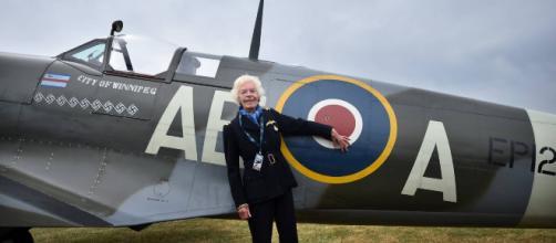 Muere a los 101 años la última piloto de la Segunda Guerra Mundial