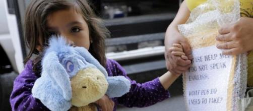 EE.UU. / 711 niños inmigrantes aún permanecen separados de sus familias