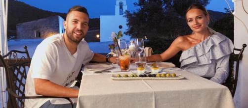 Jordi Alba disfruta de sus vacaciones en familia en las Islas de Baleares