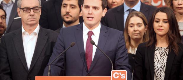 ESPAÑA / Ciudadanos hace pública la propuesta contra pseudoterapias médicas