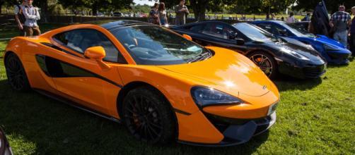 Alcune delle supercar realizzate dalla Aston Martin che saranno presenti alla prestigiosa manifestazione inglese