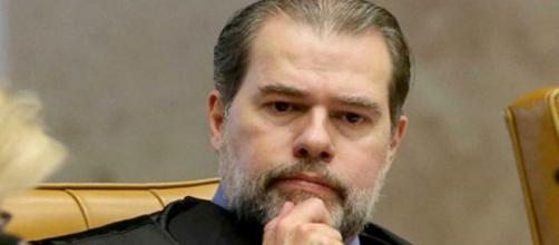 Dias Toffoli estaria recebendo repasses milionários por meio de operações bancárias.