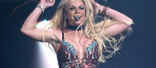 Britney Spears y su equipo tienen como política retirar el alcohol de sus conciertos