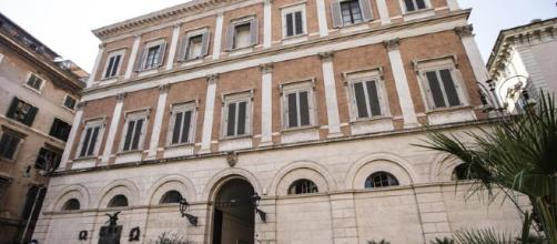 Militare 25 si uccide nel bagno di Palazzo Grazioli