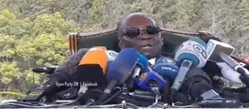 Robert Mugabe gave a press conference, angry about the coup and pleads poverty - Image - Open parly | Facebook Live stream