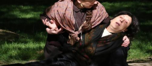 Una Vita, puntate di agosto: Cayetana avvelena la sua ex governante Dicenta