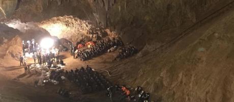 Thailandia: i ragazzini potrebbero restare nella grotta per 4 mesi