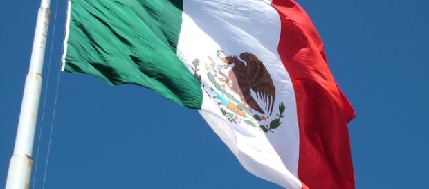 Se cierran las urnas en México y comienza el conteo de votos - elsonajero.com