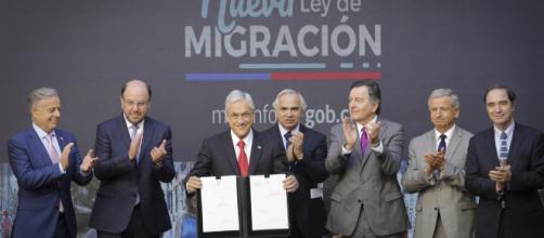 CHILE/ Implementarán un nuevo visado para profesionales inmigrantes