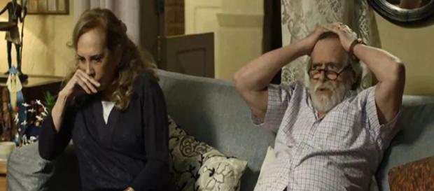 Naná e Dodô querem se aproximar de neto em Segundo Sol. (Foto: Divulgação TV Globo)