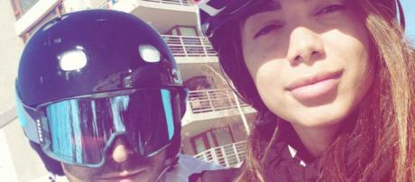 Anitta e Thiago viajam para o Chile (Foto: Reprodução)