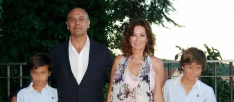 El marido de Ana Rosa, Juan Muñoz, detenido por revelación de secretos y extorsión