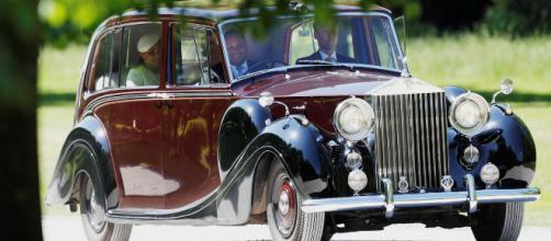 La Reina Isabel puso a la venta un Rolls Royce de colección por £ 2 millones