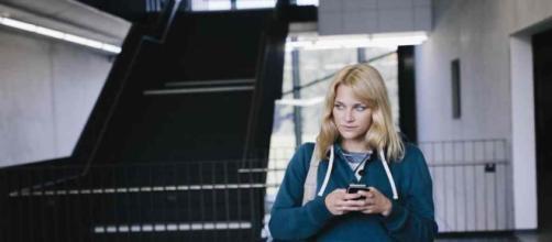 Les lycéens bientôt interdits de téléphones portables dans leur établissement