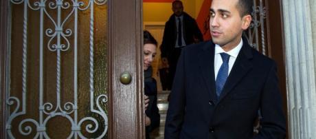 Pensioni, il ministro del Lavoro Luigi Di Maio: 'Ok al decreto dignità, ora tagli agli assegni d'oro'