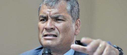 "Correa acude a Consulado por ""caso Balda"", que tilda de ... - com.ec"