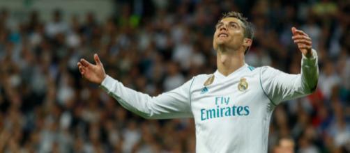 Cristiano Ronaldo, 33 ans, n'a jamais été aussi proche d'un départ du Real Madrid
