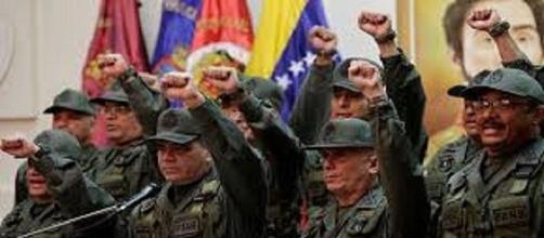 VENEZUELA / Desproporcionado aumento de sueldo exclusivo para los militares
