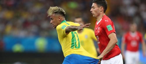 Neymar tem o apoio de Júlio César