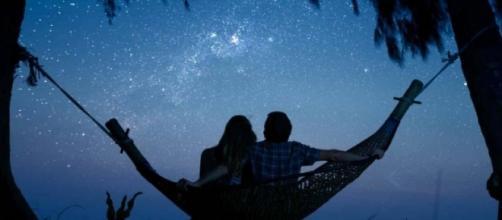 Oroscopo di lunedì 9 luglio 2018 : previsioni zodiacali da Bilancia fino a Pesci e classifica stelline del giorno dei dodici segni dello zodiaco.