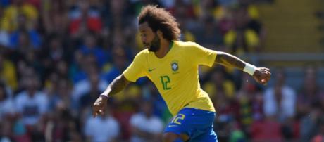 Recuperado, Marcelo volta ao time titular da Seleção Brasileira contra a Bélgica.