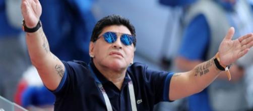 Diego Maradona a lancé de nouvelles invectives contre l'arbitrage lors de Colombie - Angleterre, dernier Huitième de Finale.