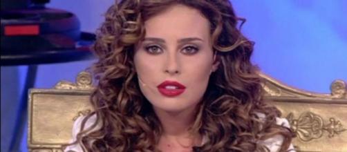 L'ex tronista di Uomini e Donne, in un'intervista, attacca l'ex fidanzato Luigi Mastroianni - 361magazine.com