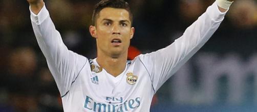 Facebook negocia con Cristiano Ronaldo para hacer un documental sobre su vida