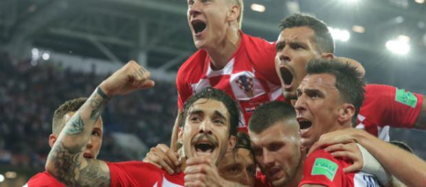 Rusia y Croacia quieren seguir viviendo el sueño mundialista enfrentándose en cuartos
