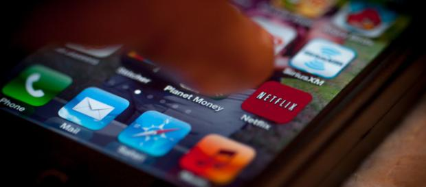 Netflix is testing out a new subscription plan that offers multiple Ultra HD streams. [Image Credit: Shardayyy/Flickr]