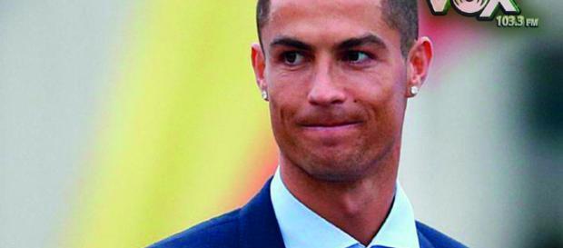 TURÍN / Se confunde a un jugador de fútbol con Cristiano Ronaldo en el aeropuerto