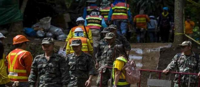 Grotte de Thaïlande : un sauveteur perd la vie en approvisionnant les enfants