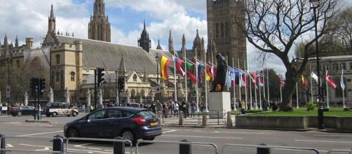 London Parliament Square, Palace of Westminster. - [Zeisterre / Wikimedia Commons]