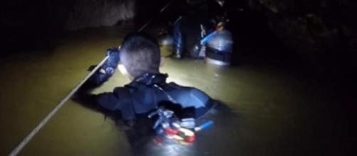 Niños atrapados en una cueva en Tailandia envían cartas a sus ... - com.mx