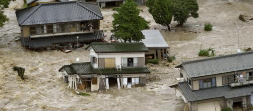 JAPÓN / Al menos 49 personas murieron y 48 están desaparecidas por las fuertes lluvias
