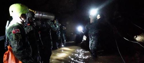 Thailandia: le commoventi lettere dei ragazzi intrappolati nella grotta - lastampa.it