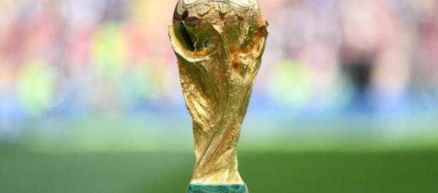 A cobiçada taça da Copa do Mundo