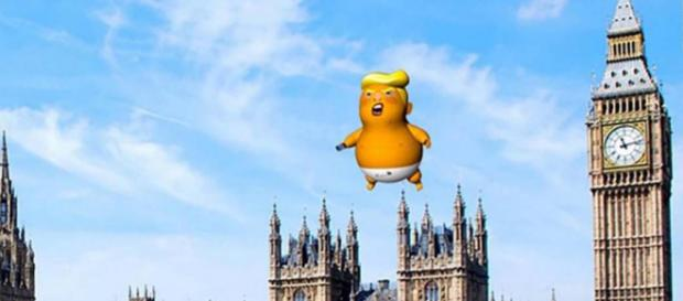 """Activists plan to fly the """"Trump baby"""" balloon over Parliament during Donald Trump's UK visit. [Image @stonecold2050/Twitter]"""
