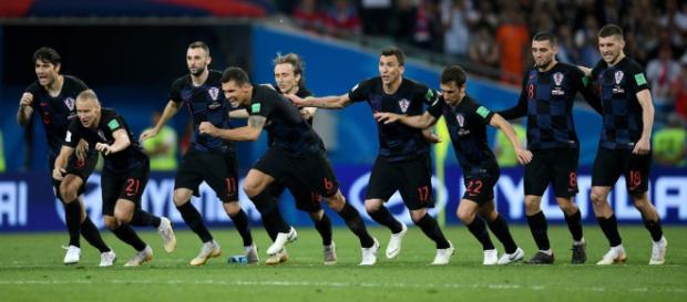 Croacia sufre pero pasa a semifinales tras superar a Rusia en la tanda de penales