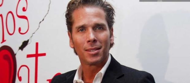 Roberto Palazuelos asegura que Luis Miguel era adicto a la cocaína