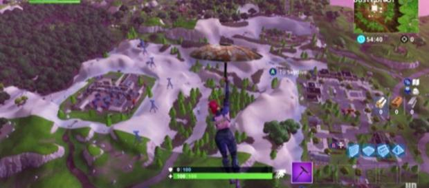 The sand-covered map of 'Fortnite' BR got players a bit confused. [Image source: Happy Power - YouTube]