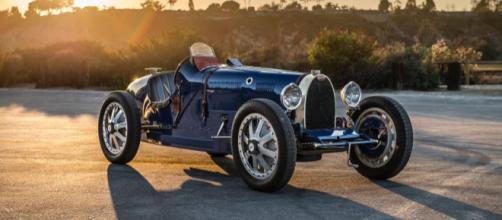 Bleu de France: Bugatti Pur Sang Type 35
