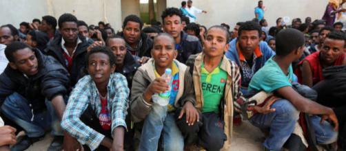 Solo 4 vip su 100 disposti ad ospitare un migrante in casa propria