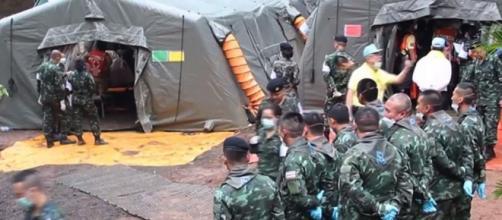 TAILANDIA / Aún quedan 5 personas en la cueva Tham Luang